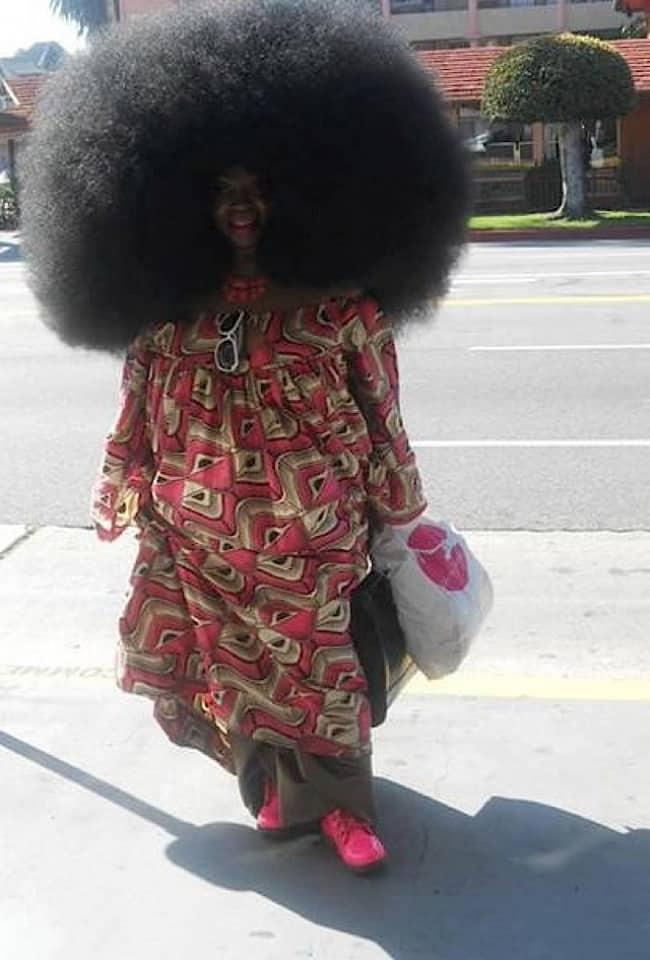 enormes peinados afro divertidos y locos