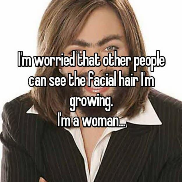 preocupado-de-que-otros-puedan-ver-la-cara-cabello-mantequilla-creciendo